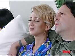 camgirl-caught-daddy-daughter